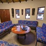'Lapa' - Free WIFI, DSTV, Full Kitchen, Dining Area