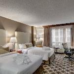 Renovated in 2012, the guest rooms are comfortable and functional