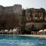 swimming pool & keep