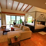 Tabacon's Spacious Honeymoon Suite