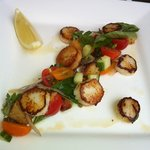 scallops, served without goats cheese (requested)
