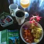 CR coffee, juice and fresh prepared fruit ... loving the life.