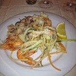 Frittura di pesce e verdure: ottima!