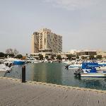 Außenaufnahme vom Hafen/Strand