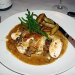 Fifi's, Chicken Breast with Chanterelles