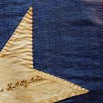 ogni stella è stata cucita e firmata dalle mogli dei comandanti.foto cecilia polidori