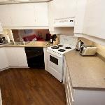 2 Bedroom 2 Bath Presidential Suite - Fully Stocked & Equiped Kitchen with 7 appliances