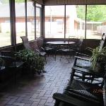 Screened Veranda with rockers