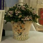 Always flowers at Che Lulu!