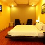 Yellow Suite at Nam Mon Hotel