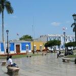 LA LLAVE  central ,sincero,amables,muy peruano