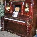 Absolutely beautiful player piano!