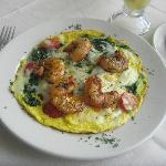 Delicious spinach shrimp omelet