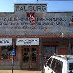 walburg restaurant