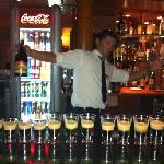 the bar man makis