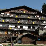 Voorzijde van het hotel