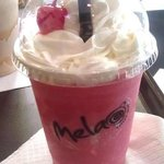Yummy frozen signature red velvet drink from Melao coffee, Ponce PR shop
