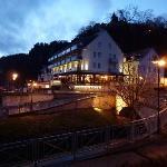 Hotel im Abendglanz
