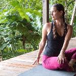 Vivi - Yoga Teacher