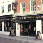 Photo of The Golden Lion - J D Wetherspoon