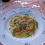 parmesan ravioli with asparagus sauce and black truffles