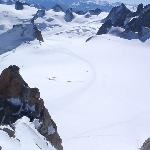Upper route from the summit of the Auguille du Midi
