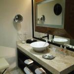 1 bedroom master suite 2nd bathroom.