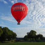 Kent Ballooning   The Spitfire balloon taking off.