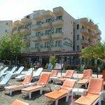 George & Dragon Beach Hotel