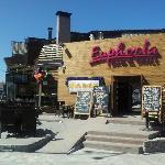 Fotografija – Euphoria Bar & Grill