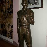 Statue of Nat King Cole