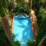 Pool von der Dachterrasse aus