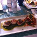 Scallops in Pesto with beans