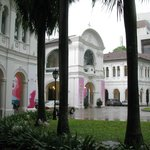 Singapore Art Museum - Streetside (Trattoria Lafiandra is next to the signage on the left of pic