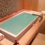 Infinity Bath