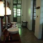 Suite#25 Shower Room