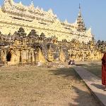Por el camino está lleno de Templos