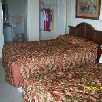 #803 Bedroom #2 w/ 2 queen beds and personal bathroom