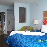 Room 627-King Bedroom