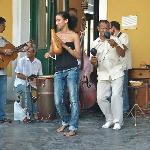 la musique est partout (plaza vieja )