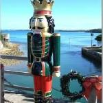 in december, bridge 'sprouts' 4 nutcrackers that disappear somewhere around the new year