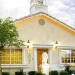 Mon Bel Ami Wedding Chapel