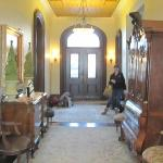 Front Entrance/Hall