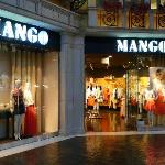 The Grand Canal Shoppes(8)