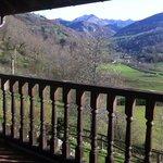 vistas de Los Picos de Europa, desde la terraza de la habitación.