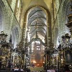 nave ventral y altar mayor