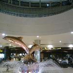 Cafe la Brioche, behind the Dolphins fountain, Marina mall