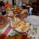 Spuntino per 2 Tagliere & Bistecca,con al seguito Base di chianti 3 bottiglie,vin santo & Tortel