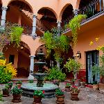 Antigua Capilla B&B Courtyard