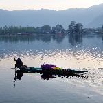 flower seller on Nagin lake